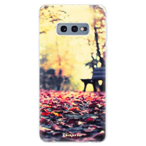 Odolné silikonové pouzdro iSaprio - Bench 01 - Samsung Galaxy S10e